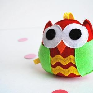 Christmas Owl Ornament, Rattle baby..